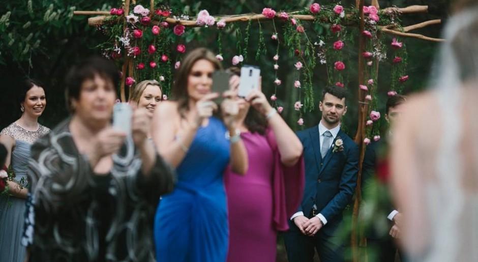 8 tipologie di persone che incontrerai ad ogni matrimonio