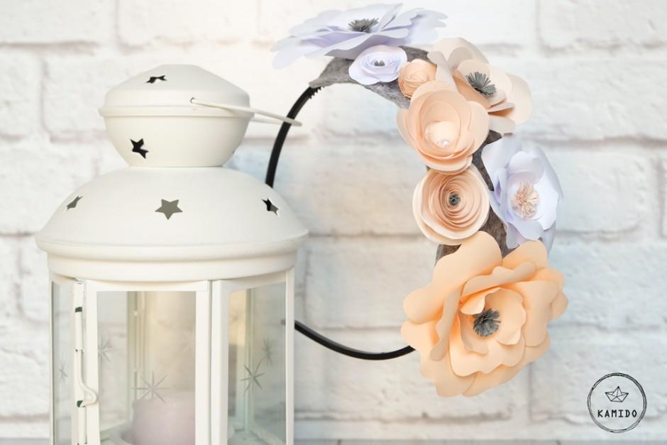 Cerchietto floreale per una sposa bohémien