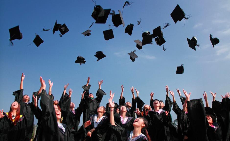 Organizzare una festa di laurea può essere semplice