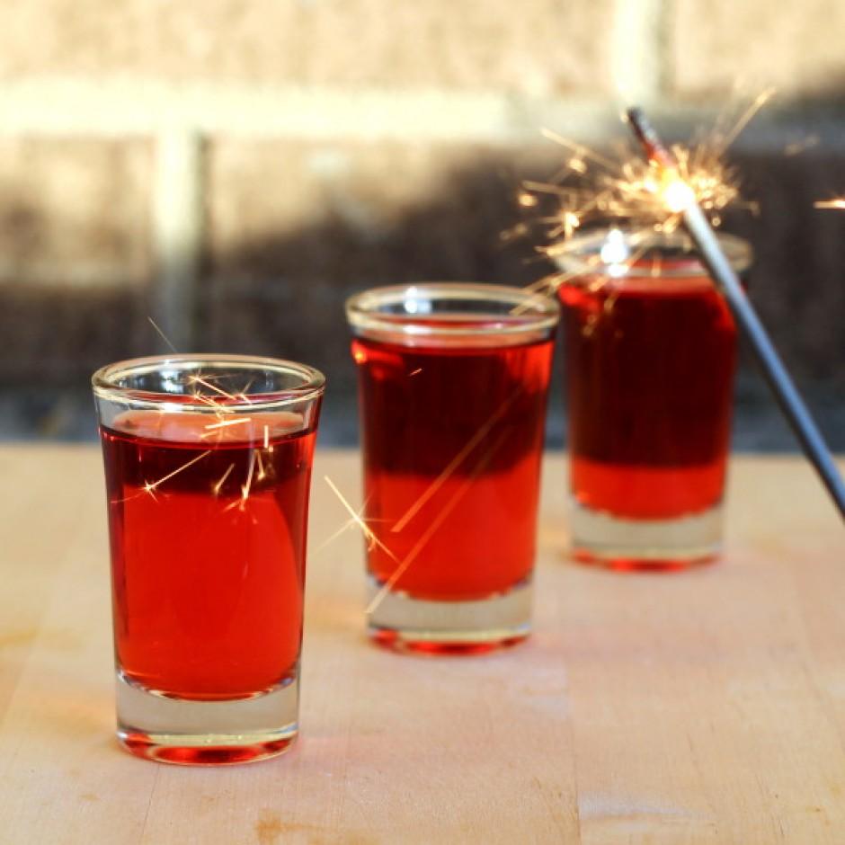 Quali sono i 4 cocktail che non possono mancare a una festa di laurea?
