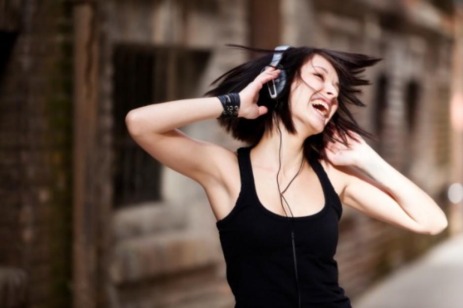 BUONGIORNO MONDO! 10 canzoni che ti daranno la carica per affrontare la giornata