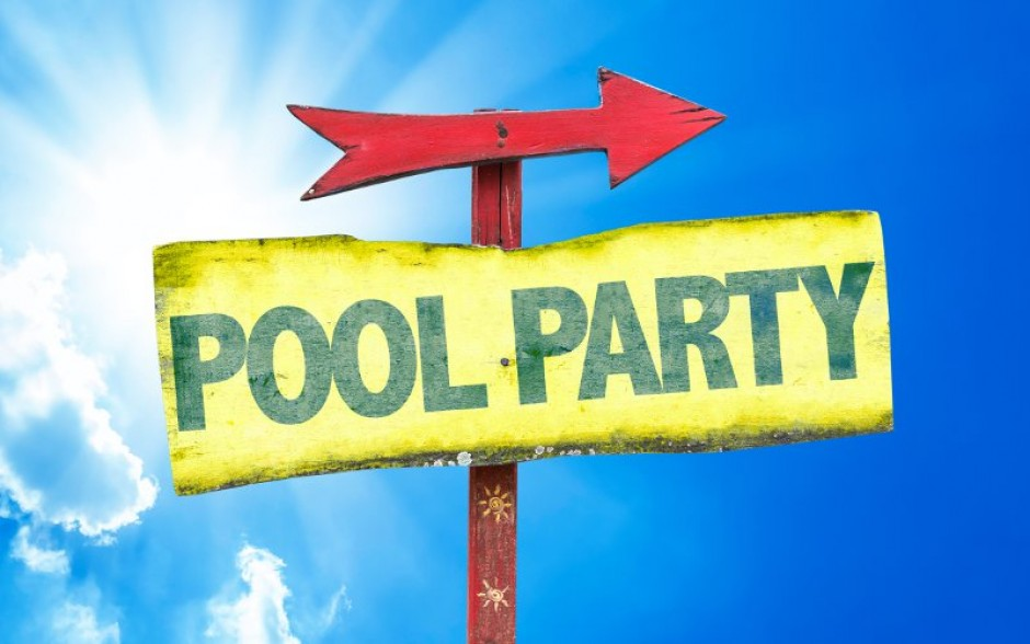 Pool party e accessori: come rendere la vostra festa indimenticabile